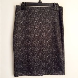 Pencil skirt with speckled pattern S